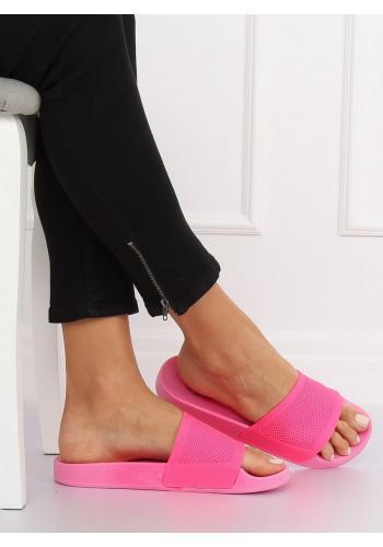 Módní dámské pantofle černé barvy na gumové podrážce