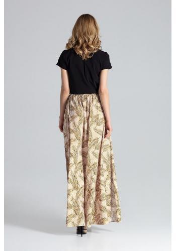 Dlouhá dámská sukně černé barvy s nařasením v pase