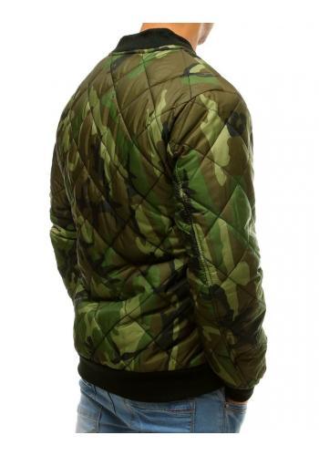 Prošívaná pánská bunda zelené barvy s maskáčovým vzorem