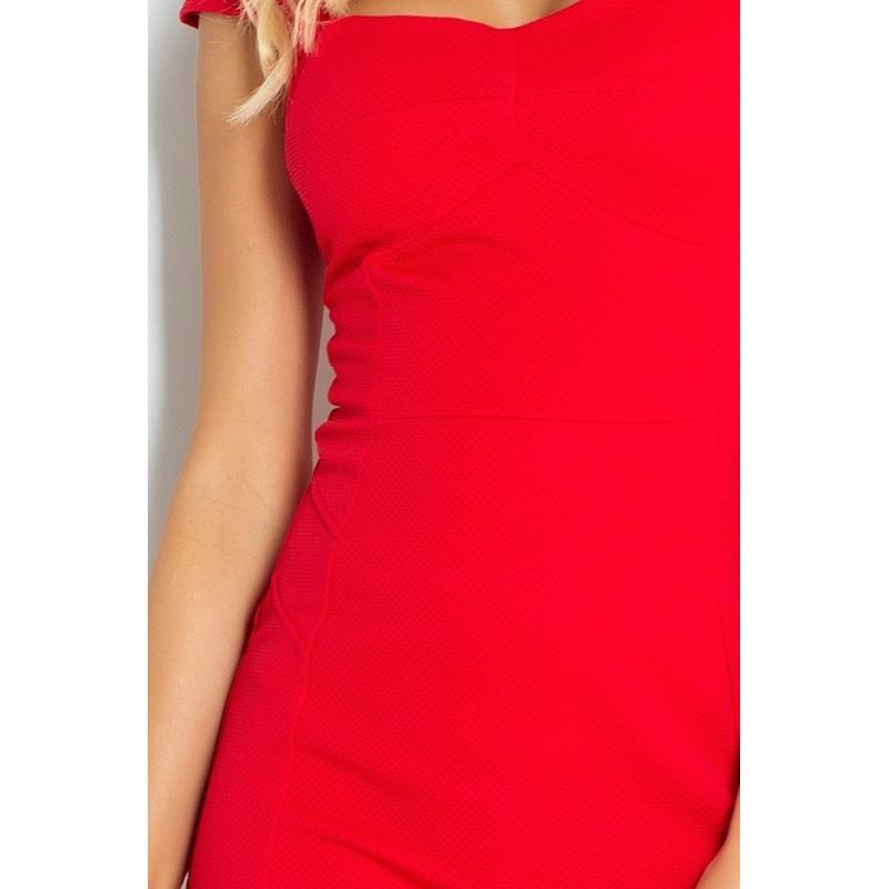 Šaty s pěkným výstřihem v červené barvě pro dámy