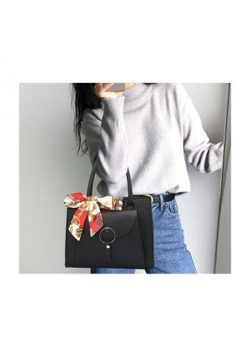 Černá stylová kabelka se šátkem pro dámy