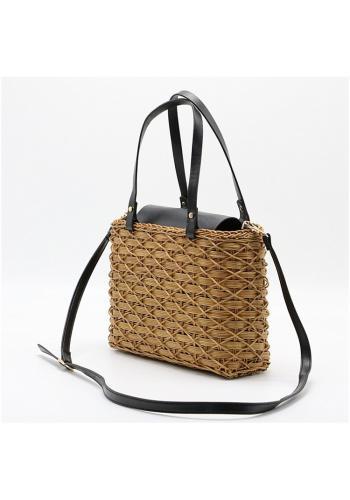 Proutěná kabelka hnědé barvy