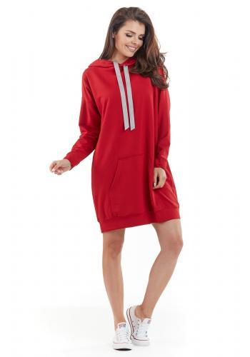 Mikinové dámské šaty červené barvy s kapucí