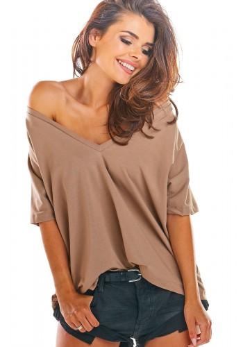 Dámské volné tričko s hlubokým výstřihem v béžové barvě