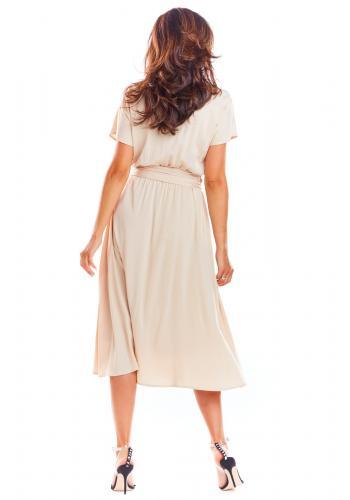 Dámské elegantní šaty na léto v béžové barvě