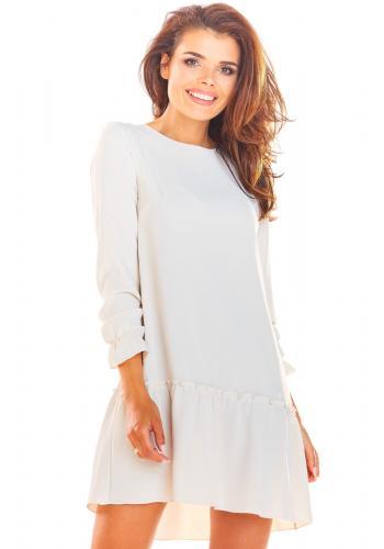 Béžové volné šaty s volánem pro dámy
