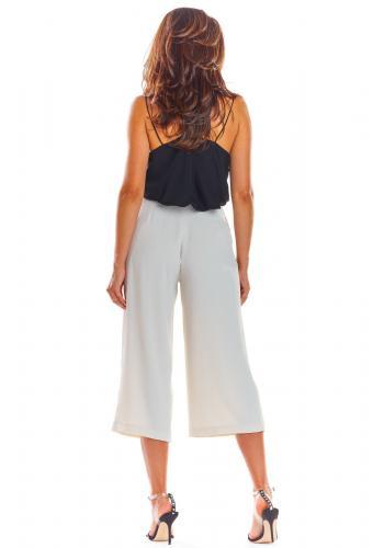 Dámské módní kalhoty na léto v béžové barvě