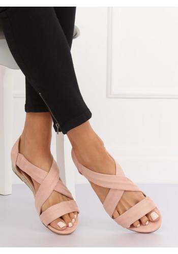 Růžové semišové sandály na nízké platformě pro dámy