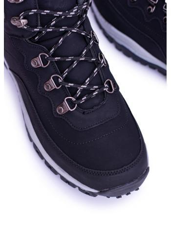 Trekingové pánské boty černé barvy s oteplením