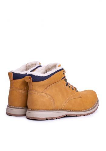 Oteplená trekingová obuv pro pány světle hnědé barvy