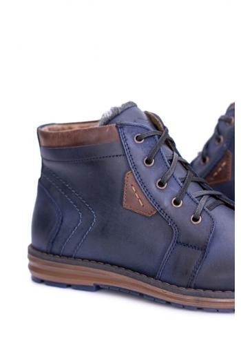Oteplené pánské boty tmavě modré barvy na zimu