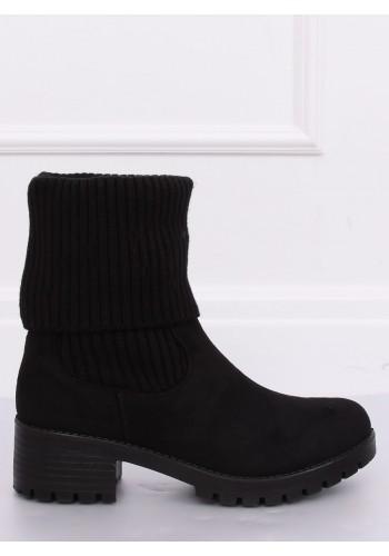 Semišové dámské kozačky černé barvy na nízkém podpatku