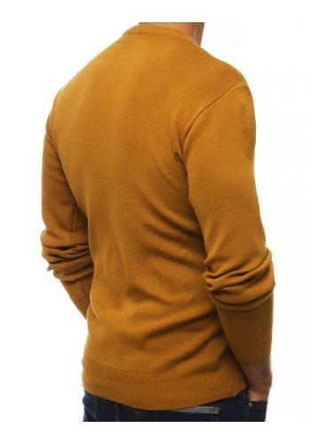 Klasický pánský svetr velbloudí barvy s kulatým výstřihem