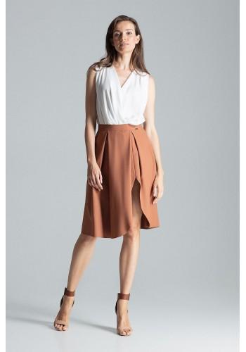 Elegantní dámská sukně hnědé barvy s rozparkem na boku