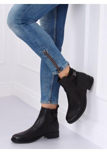 Dámské módní polobotky s přezkou v černé barvě