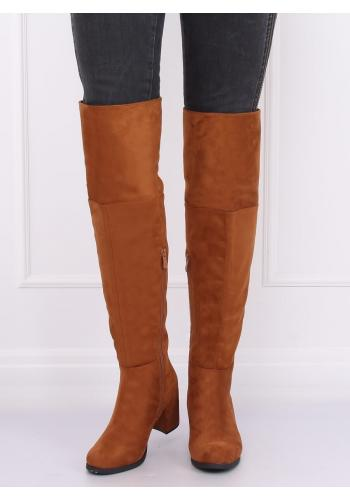 Hnědé semišové kozačky nad kolena na podpatku pro dámy