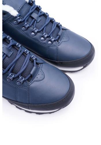 Trekingová pánská obuv tmavě modré barvy