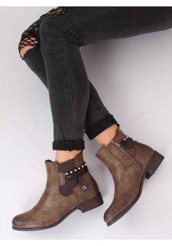 Hnědé módní boty s doplňky pro dámy