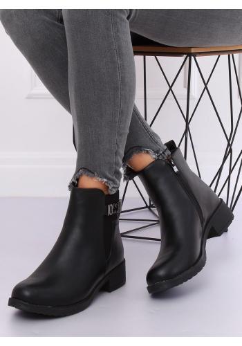 Dámské stylové boty na širokém podpatku v černé barvě