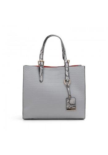 Módní dámská kabelka šedé barvy s motivem hadí kůže