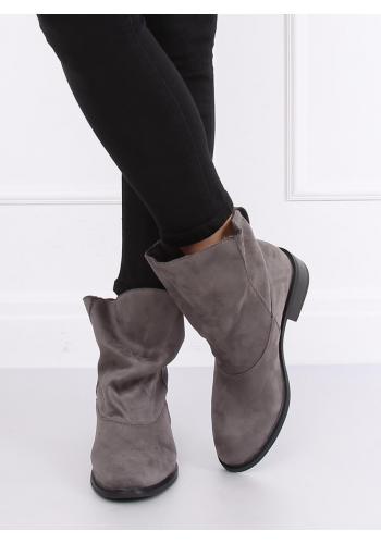 Semišové dámské boty šedé barvy s nařaseným svrškem