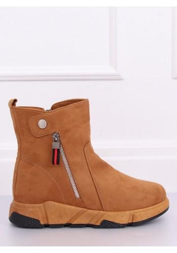 Hnědé semišové boty na vysoké podrážce pro dámy