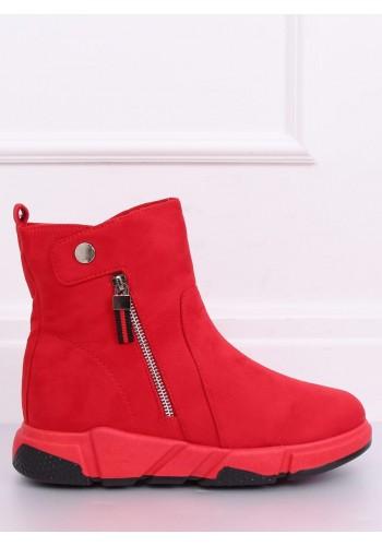 Semišové dámské boty červené barvy na vysoké podrážce