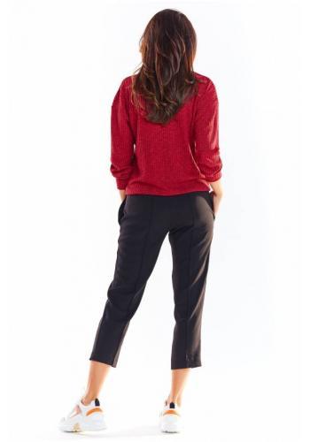 Bordový pohodlný svetr s ozdobnými knoflíky pro dámy