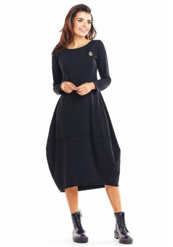Sportovní dámské šaty černé barvy s dlouhým rukávem