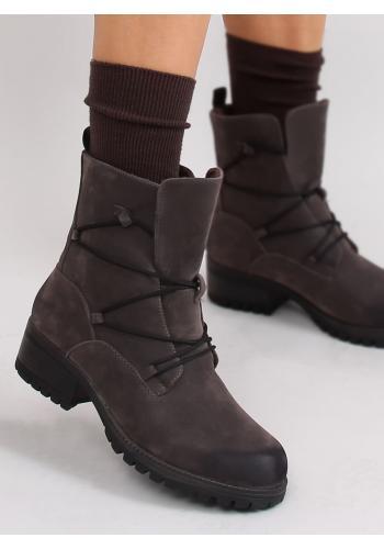 Dámské vysoké ponožky v hnědé barvě