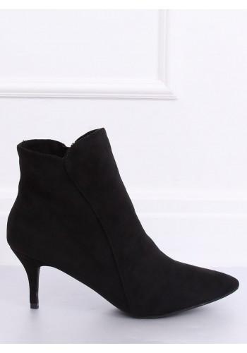 Černé elegantní boty na nízkém podpatku pro dámy
