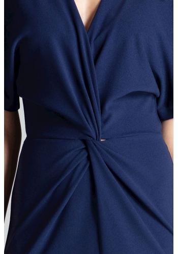 Elegantní dámské šaty tmavě modré barvy s kimono rukávy