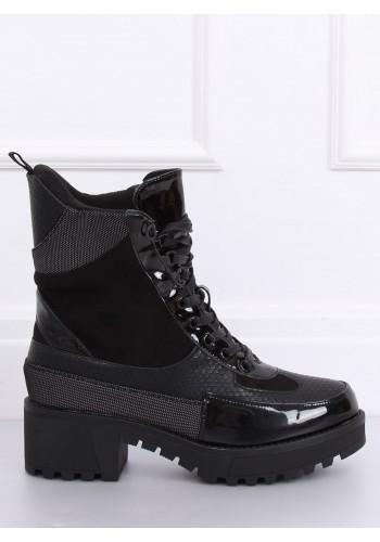 Černé stylové boty na vysoké podrážce pro dámy