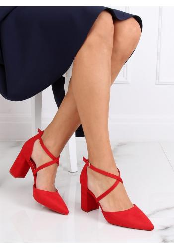 Červené semišové sandály na širokém podpatku pro dámy