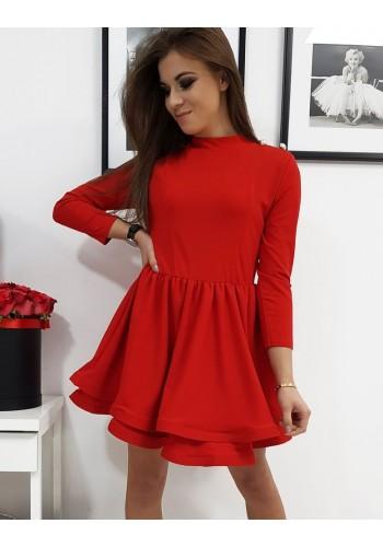 Dámské hladké šaty s rozšířenou sukní v červené barvě