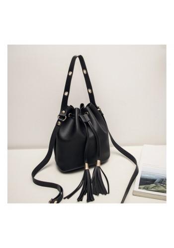 Stylová dámská kabelka černé barvy ve formě vaku