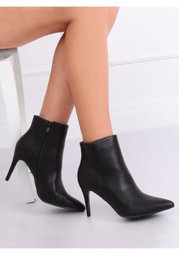 Dámské kotníkové boty na štíhlém podpatku v černé barvě