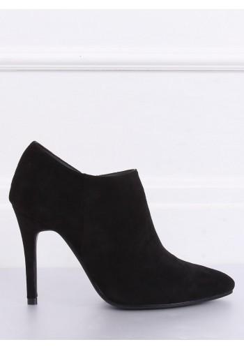 Semišové dámské polobotky černé barvy na štíhlém podpatku