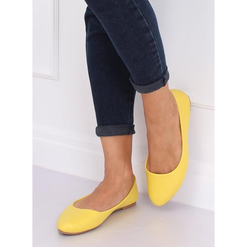Klasické dámské balerínky žluté barvy