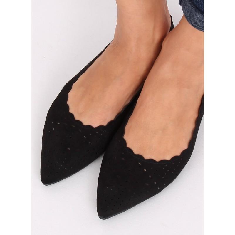 Černé ažurové balerínky s jemným špicem pro dámy