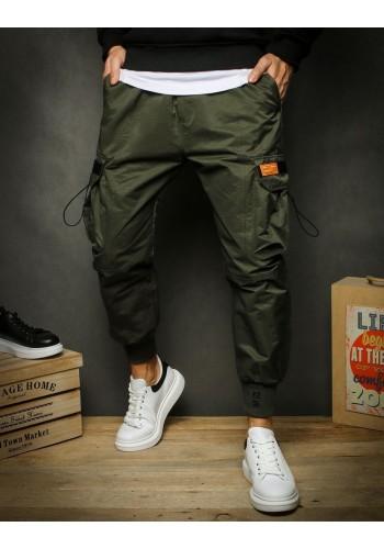 Sportovní pánské kalhoty khaki barvy s kapsami na stehnech