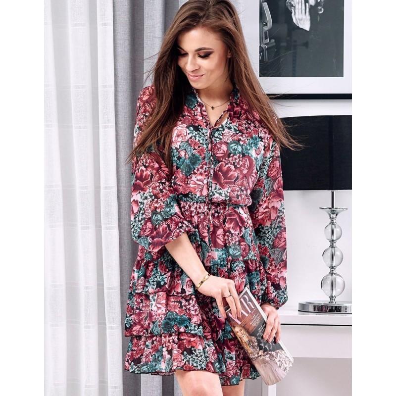 Květované dámské šaty růžové barvy s volány
