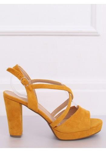 Semišové dámské sandály žluté barvy na podpatku