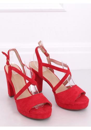 Dámské semišové sandály na podpatku v červené barvě