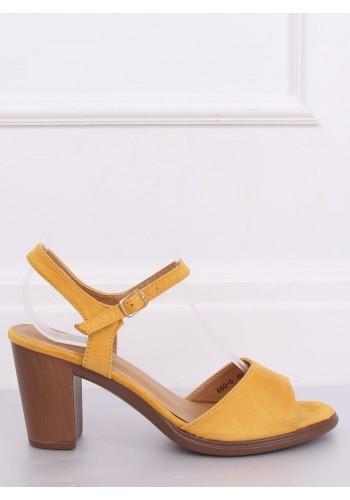 Žluté semišové sandály na dřevěném podpatku pro dámy