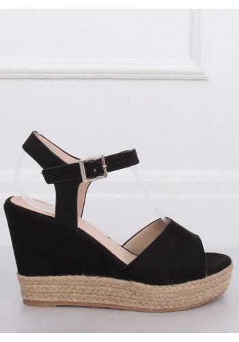 Černé semišové sandály na klínovém podpatku pro dámy