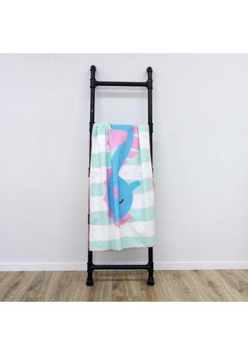 Modro-bílý plážový ručník s motivem mořského koníka