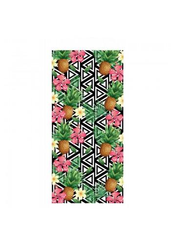 Barevný plážový ručník s tropickým motivem