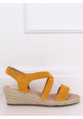 Žluté semišové sandály s klínovým podpatkem pro dámy