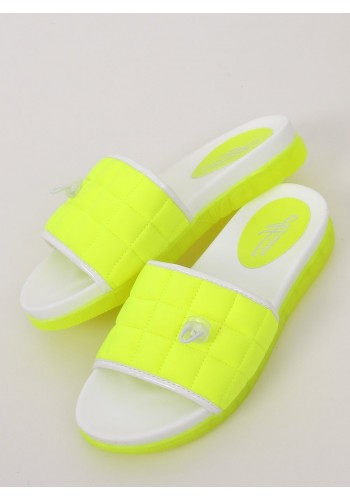 Pohodlné dámské pantofle neonově zelené barvy s prošívaným pásem